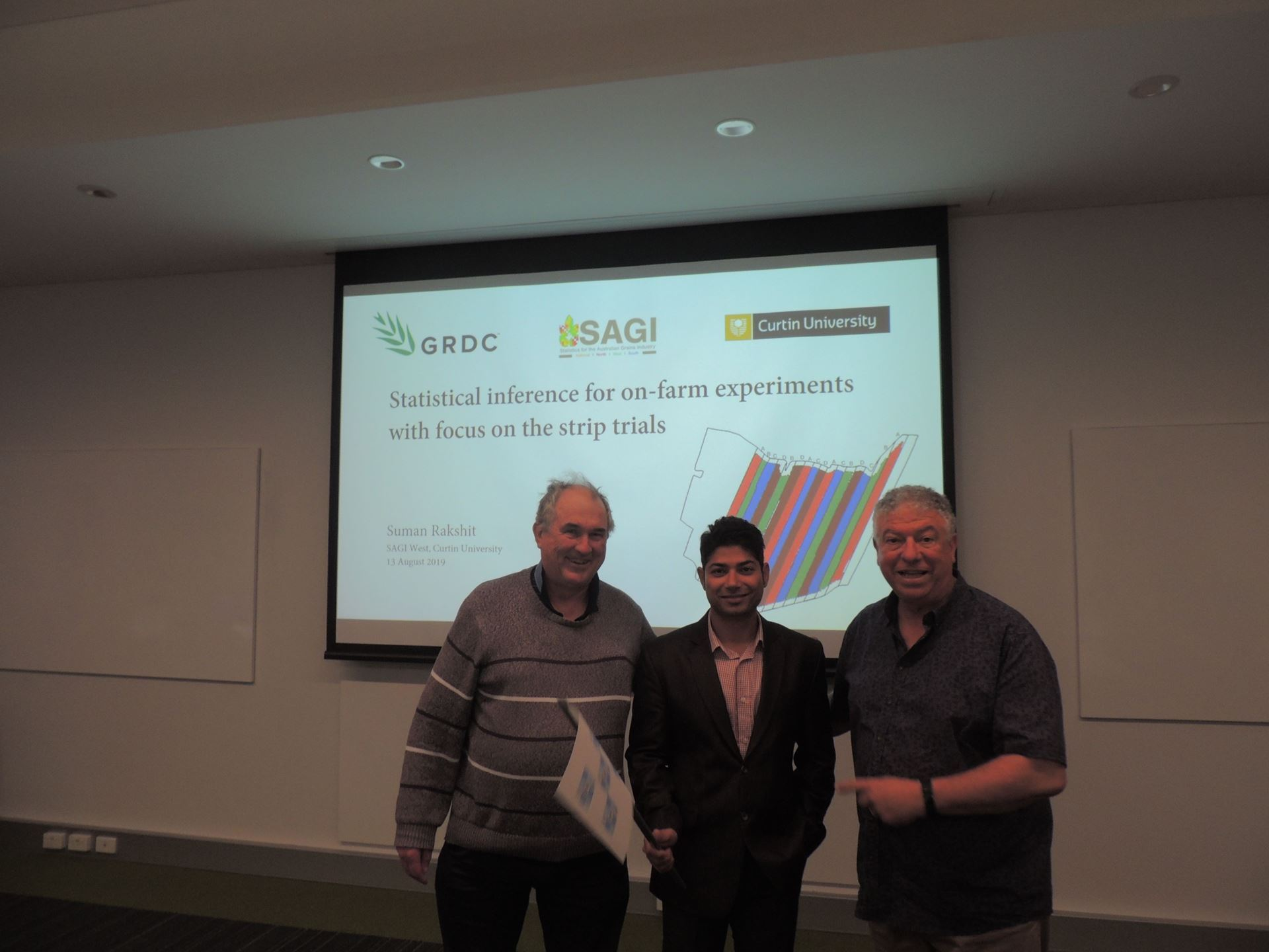 The photo shows Dr Suman Rakshit (centre) with the president of the WA Branch of the SSA Dr Brenton Clarke (left) and the former President of the IBS-AR Mario D'Antuono (right) who helped arrange the joint meeting. (Photo Courtesy of Dean Diepeveen using Mario's Camera)